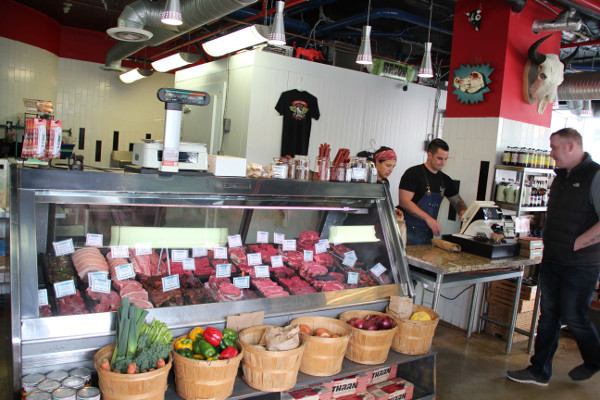 Find the Best From Local Sources at Pete's Meats